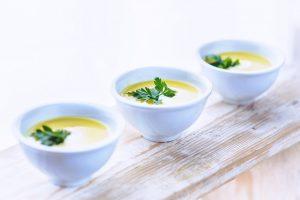 lupinen-rezepte lupine suppe vegan snack topinambur pastinaken