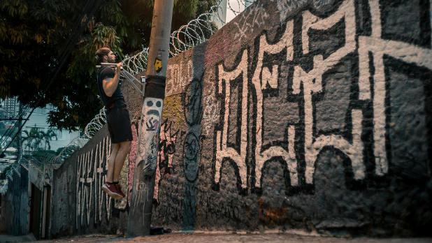 outdoor Klimmzugstange pullup-dip in Sao Paulo