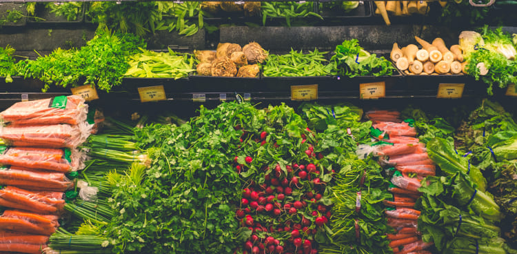 Zuckerfreie-Ernährung-Mangel-Gemüse-Grünzeug