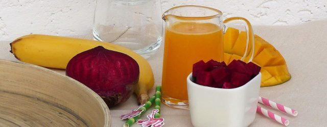 Rohkost-Rezepte-Titelbild-Rotebeete-Mango-Banane-Obst
